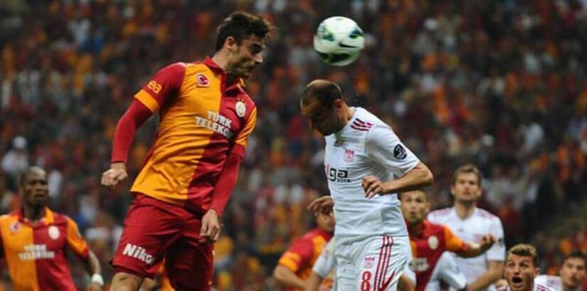 Galatasaray Sivasspor maçı canlı yayın canlı anlatımı (GALATASARAY SİVASSPOR MAÇI)