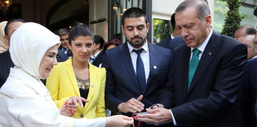 Erdoğan Fransa'da yüzük taktı!