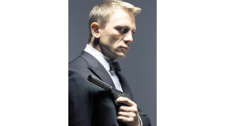 Bond olmamak için serveti geri tepti!