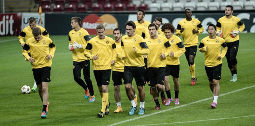 B.Dortmund, Arena'ya ayak bastı!