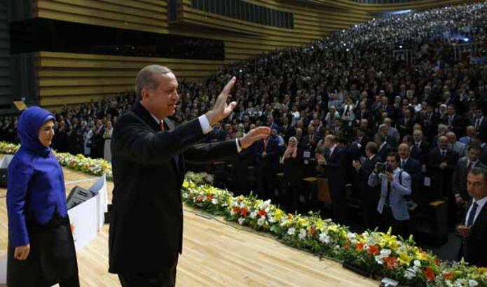 Erdoğan'dan AK Partili 11 isme kötü haber
