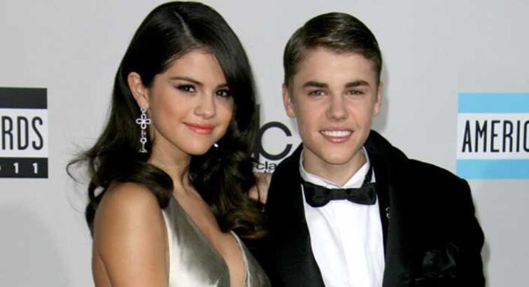 Selena Gomez'in Instagram hesabı hacklendi! Justin Bieber'ın çıplak pozları internete sızdı
