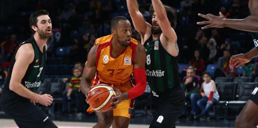 Galatasaray Odeabank-Sakarya Büyükşehir Belediyespor: 75-77