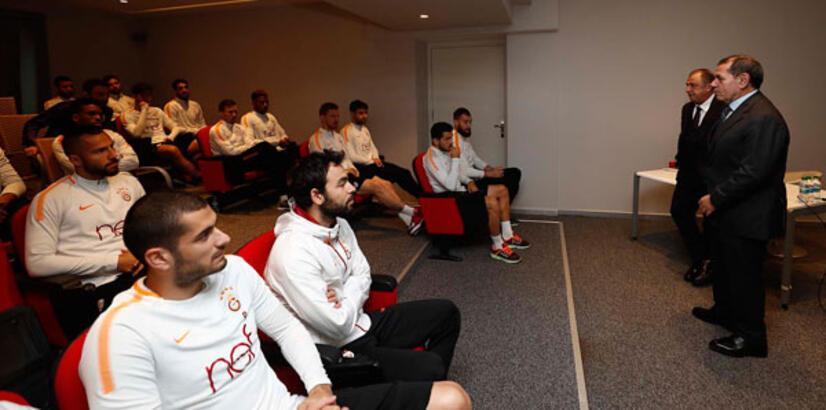 Fatih Terim, futbolcularla bir araya geldi