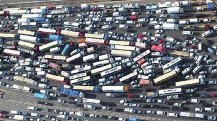 1 Ocak'tan itibaren kamyonetçiye izin belgesi zorunlu