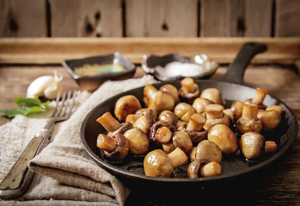 Sarımsak soslu kavrulmuş mantar tarifi