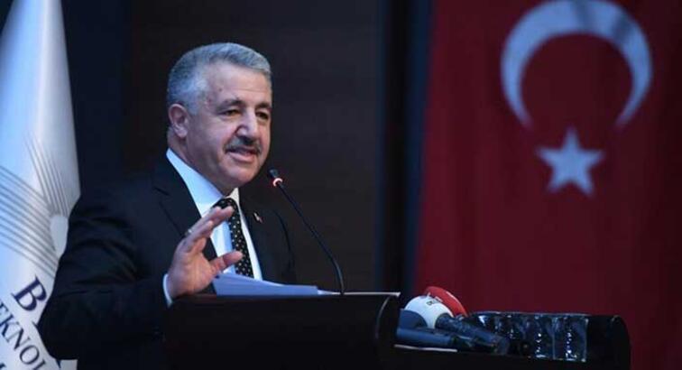 Ulaştırma Bakanı Arslan: Her yerden herkese genişbantı sağlayacağız