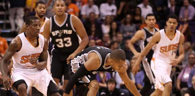 Golden State Warriors-San Antonio Spurs: 102-104