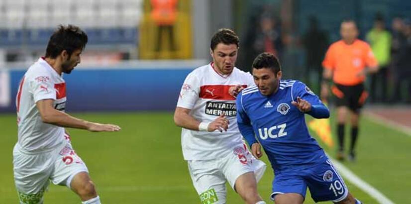 Kasımpaşa Antalyaspor'u ateşe attı!