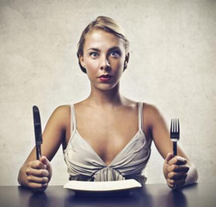 """""""Yediklerimiz değil yüklediğimiz anlamlar şişmanlatıyor"""""""