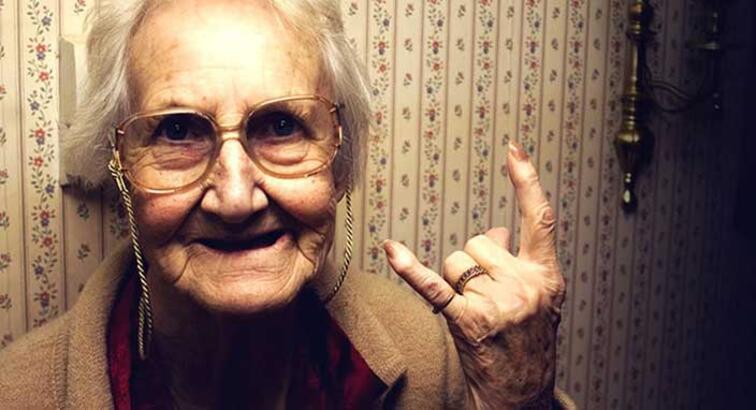 Bilim adamları yaşlanmayı yavaşlatmanın yöntemini buldu