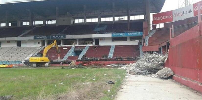 Trabzonspor'un eski stadı Avni Aker'de yangın çıktı!