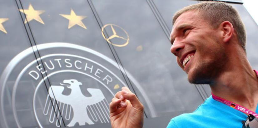 Galatasaray Podolski için Wenger'i ikna etti