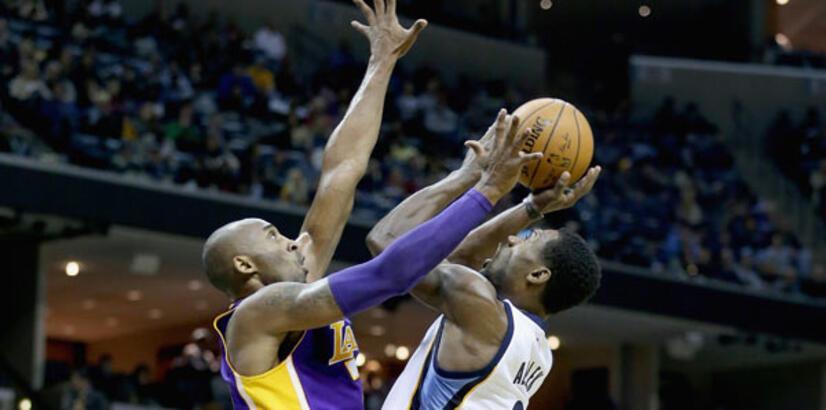 Kobe'nin performansı Lakers'a yetmedi!