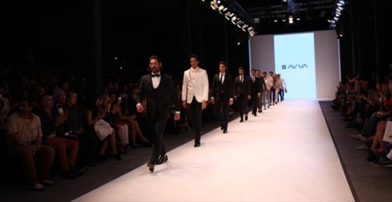 İstanbul Fashion Week  Avva Defilesi