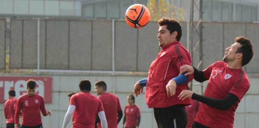 Samsunspor derbiye kilitlendi