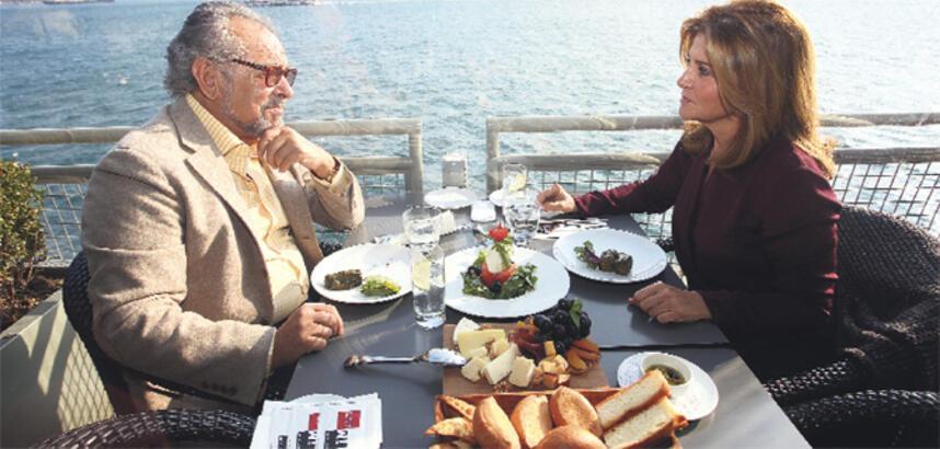 """""""Bülent ile ocak ayında tanıştık aralıkta evlendik"""""""