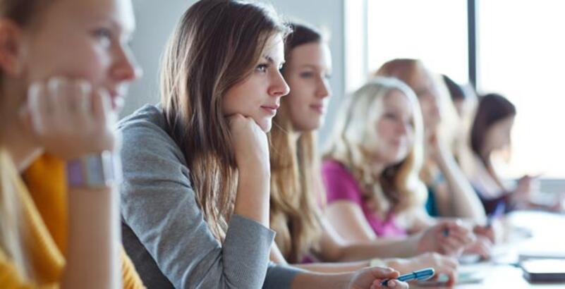 Üniversiteye girişte  ders dışı etkinlikler de puanlanacak