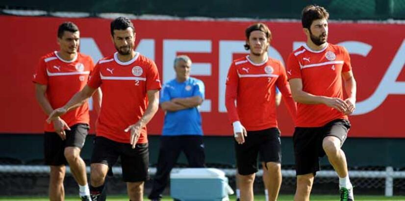 Antalyaspor'da liderlik üzüntüsü
