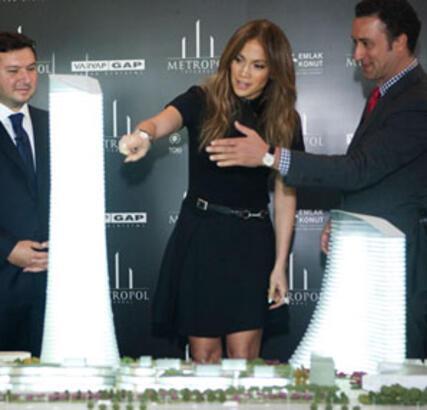 Jennifer Lopez Sizin de Komşunuz Olabilir!