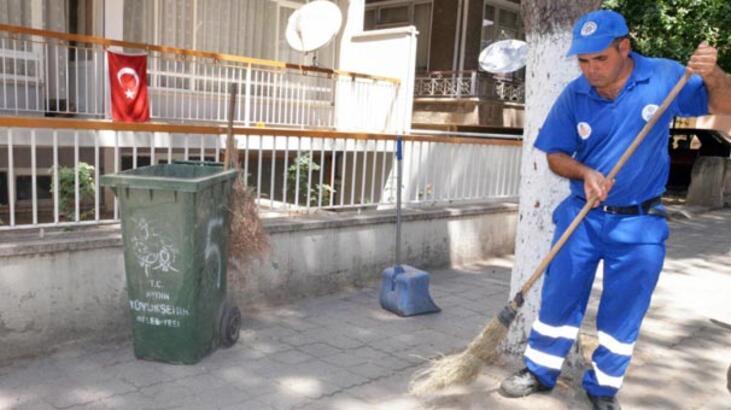 Temizlik işçisi bulduğu 5 bin Euro'yu yetkililere teslim etti