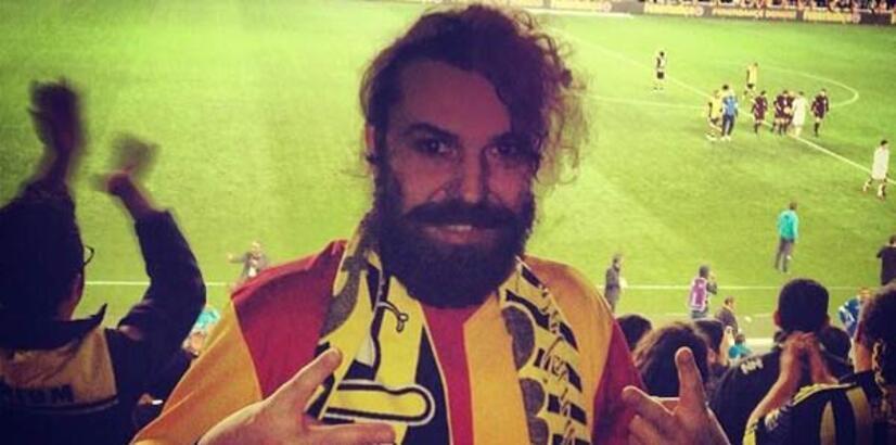 Halil Sezai Galatasaray formasıyla Kadıköy'de maç izledi!