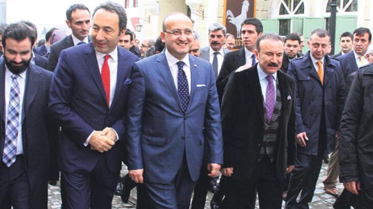 Yalçın Akdoğan 'Filinta'yı beğendi