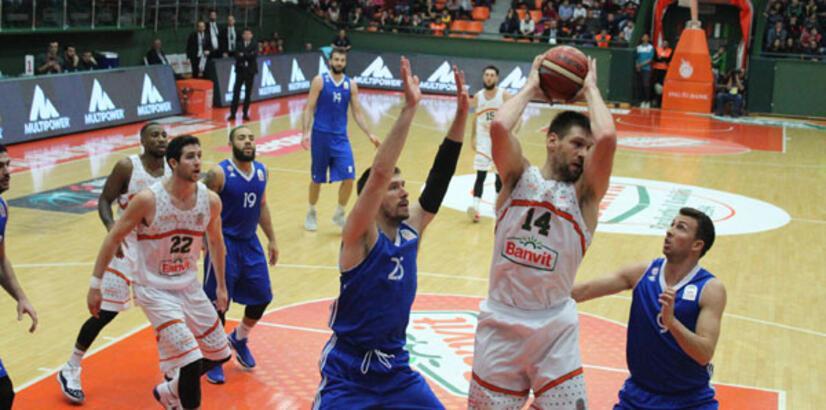 Banvit-İstanbul Büyükşehir Belediyespor: 69-72
