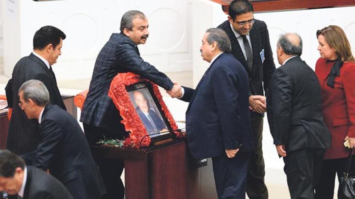Zor dönemde Kürt siyaseti için çalıştı