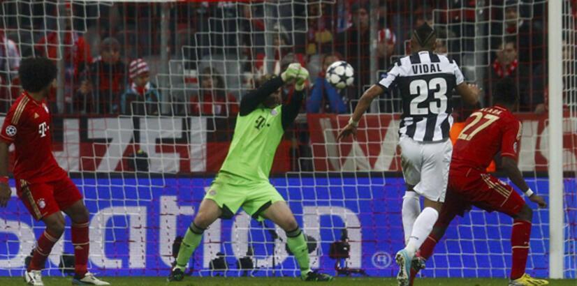 Bayern evinde Juventus'u 2 golle geçti