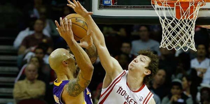 Ömerli Houston Lakers'ı yıktı!