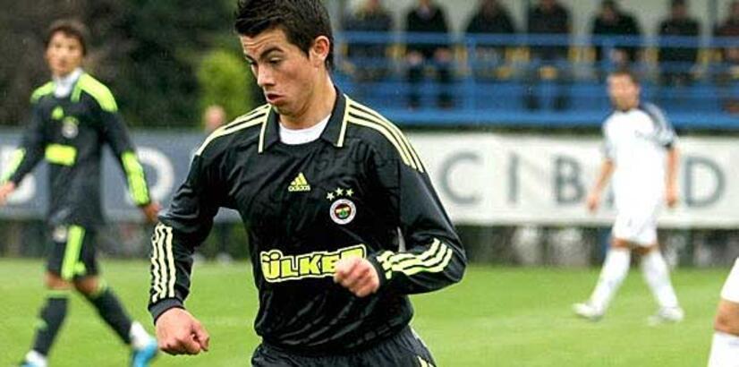 Fenerbahçe Recep Berk Elitez'i Bayrampaşaspor'a kiralık gönderdi