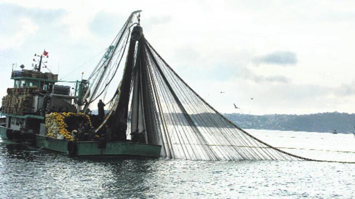 Türk balıkçılar Romanya'da hapiste!