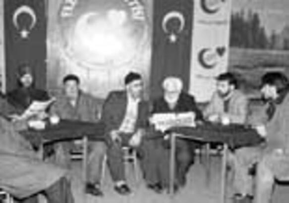 Erzurum'da liste sarsıntısı dinmek bilmiyor