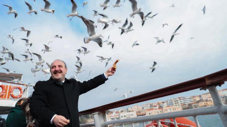 Bakan Varank: '31 Mart yerel seçimleri kutlu davamızda önemli yol ayrımıdır'