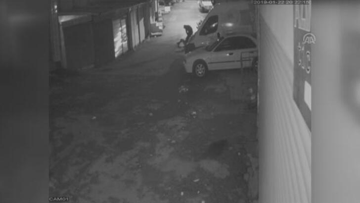 Sokak ortasında genç kıza kabusu yaşattı!