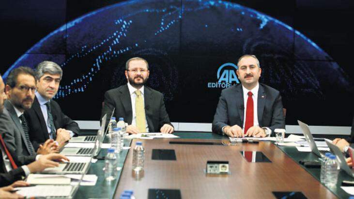 Adalet Bakanı Abdulhamit Gül'den rahip Brunson açıklaması: Beraat etmedi hapis cezası var