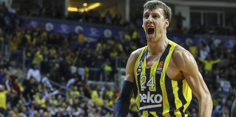 Fenerbahçe Beko'ya Vesely şoku