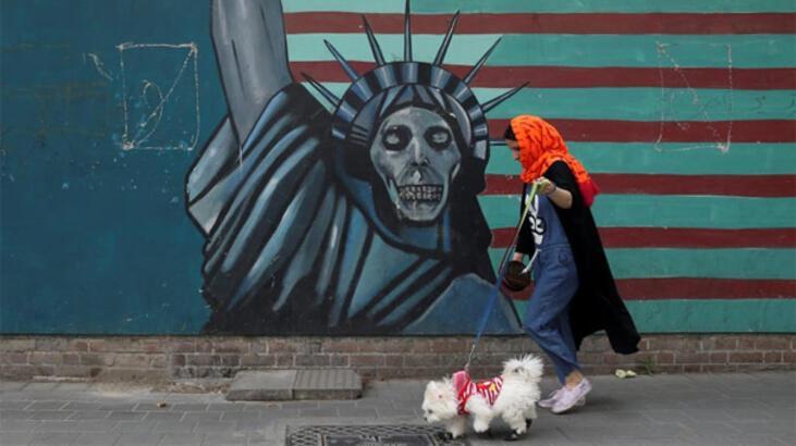 İran'ın başkenti Tahran'da köpek gezdirmek yasaklandı
