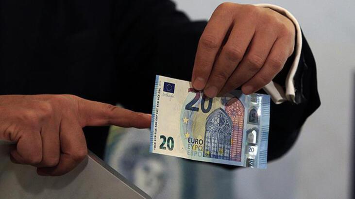 Avrupa'nın ortak parası avro, 20 yaşında