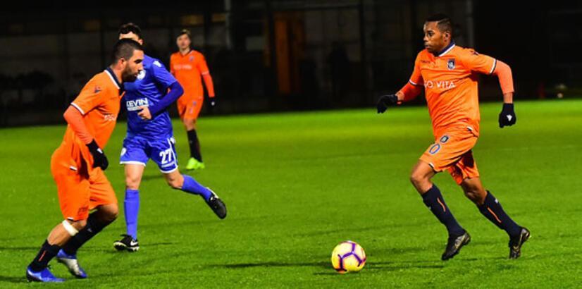 Medipol Başakşehir - Kukesi: 2-1