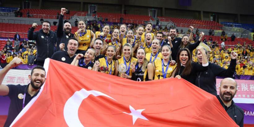 Dünya kadın voleyboluna Türk damgası