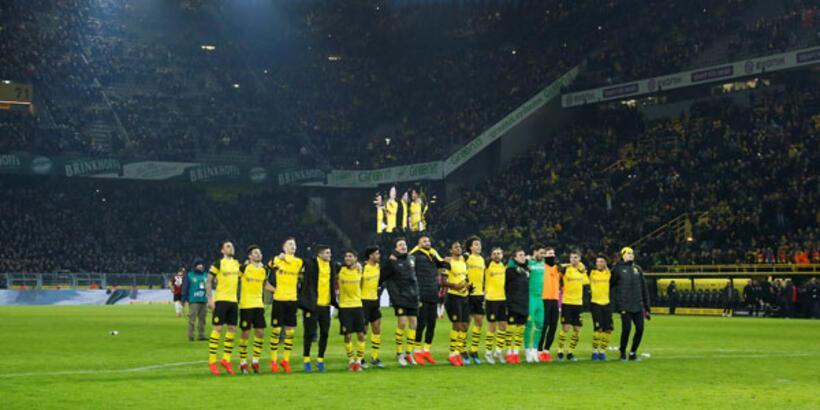 Borussia Dortmund, Hannover'i rahat geçti