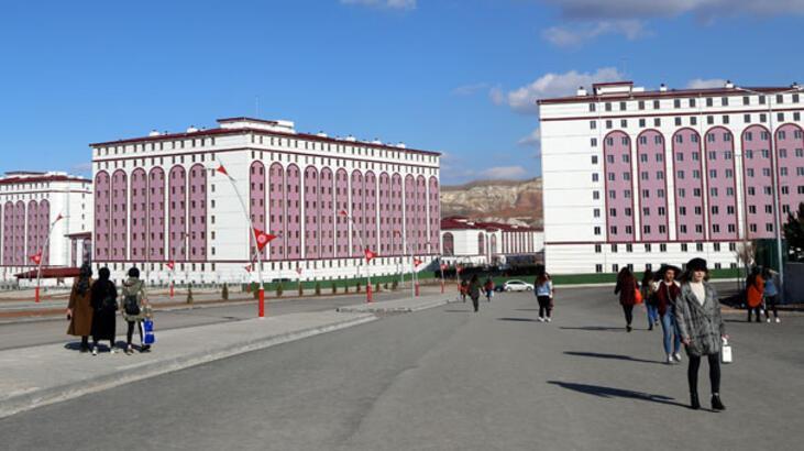 Sivas'taki KYK yurdu rekor sürede tamamlandı