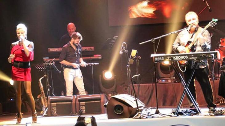 Biga'da Ümit Besen ve Pamela konseri