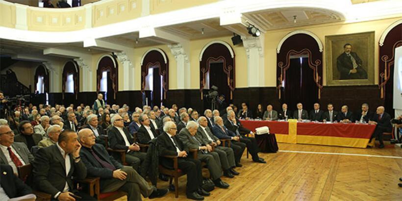 Galatasaray Disiplin Kurulu'nda büyük tartışma