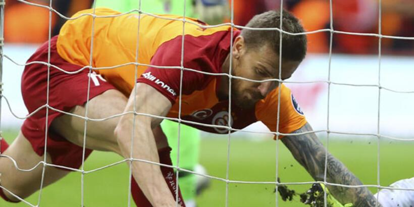 Galatasaray servet ödedi!