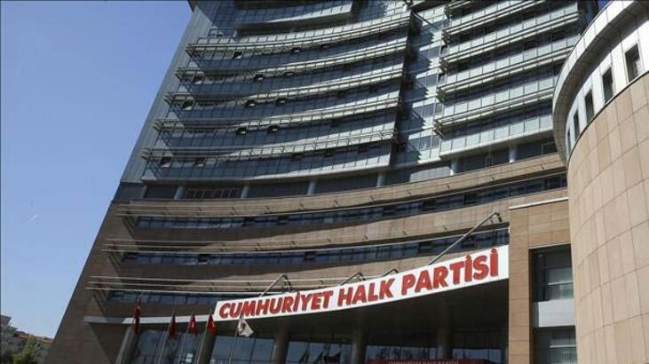 İstifa dalgası sürüyor... Mevcut başkanlar CHP'ye rakip oluyor
