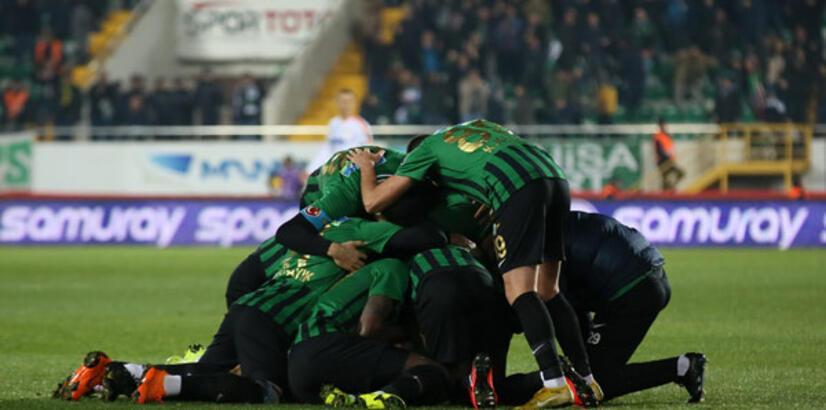 Akhisarspor 8 maç sonra kazandı