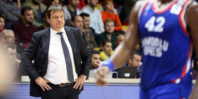 """Ergin Ataman: """"As oyuncuları dinlendirme şansı bulduk"""""""